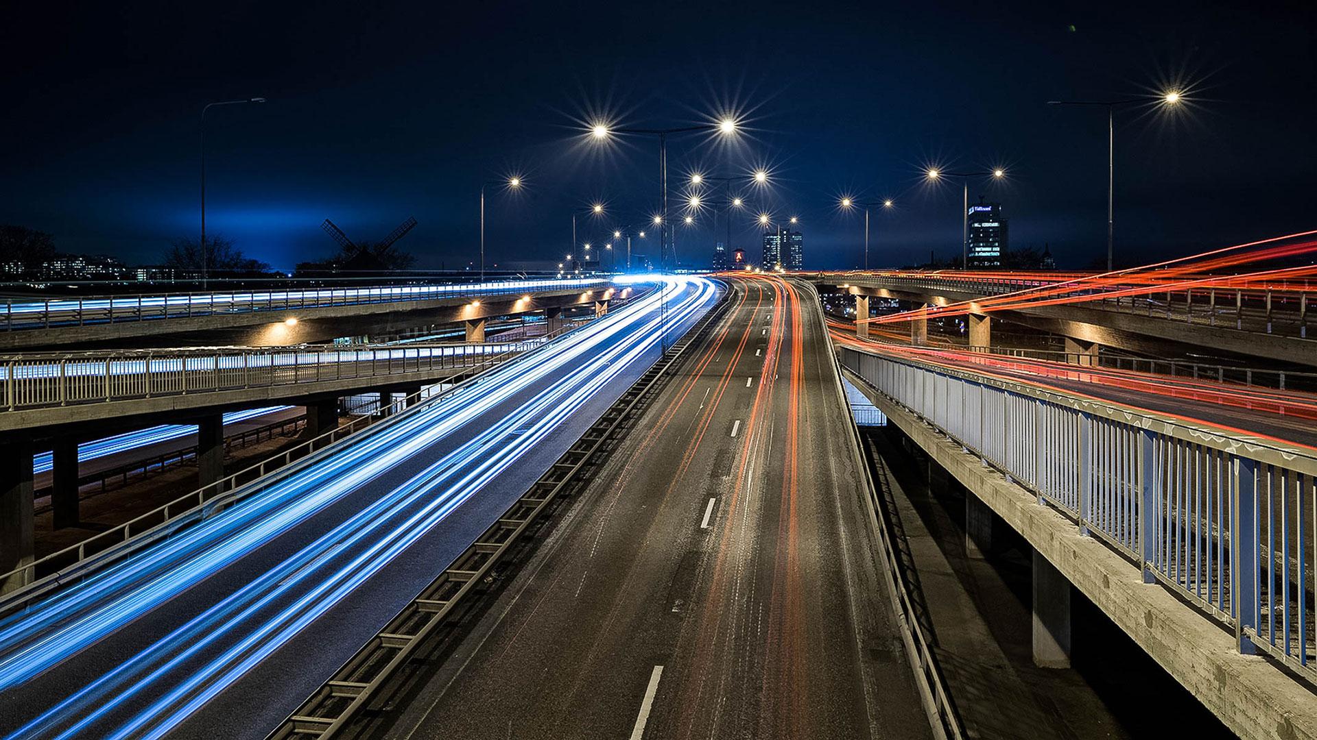 Fotokurs nattfotografering långexponering ljusspår